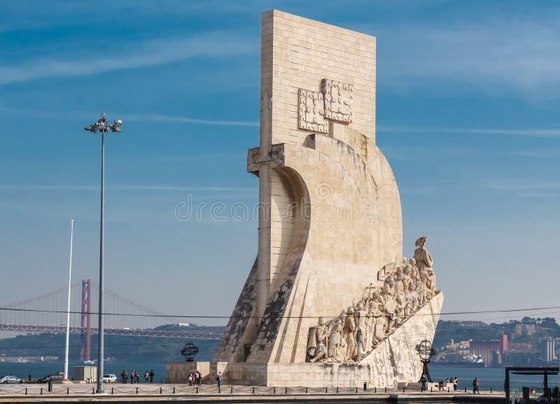 Monumento a los descubrimientos imagen de archivo