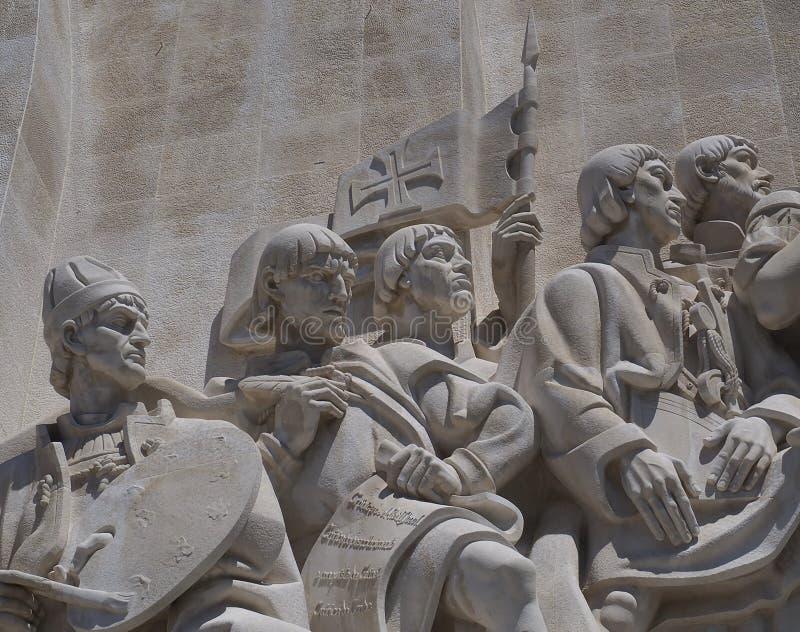Monumento a los descubrimientos en Libon en Portugal imagenes de archivo