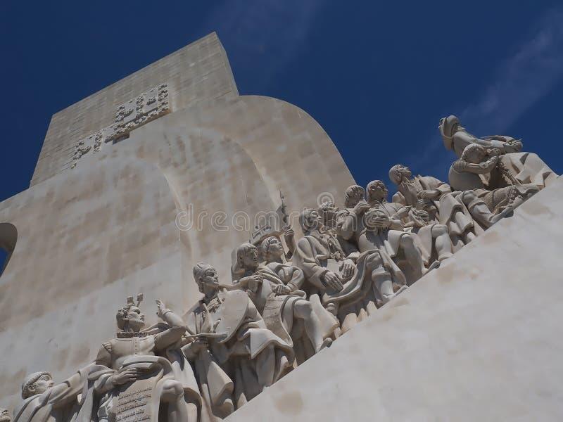 Monumento a los descubrimientos en Libon en Portugal foto de archivo