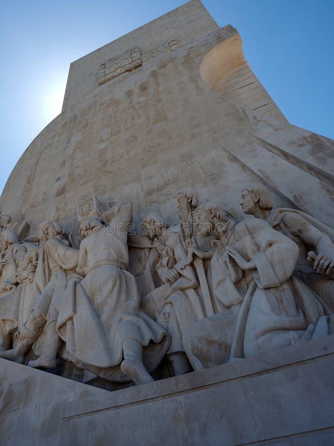 Monumento a los descubrimientos en Libon en Portugal imagen de archivo