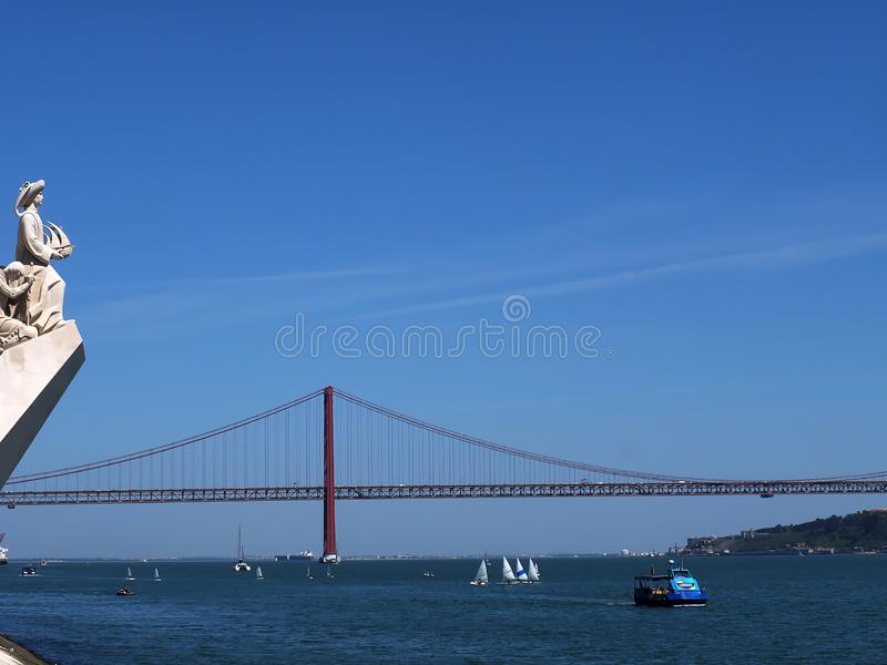 Monumento a los descubrimientos en Lisboa en Portugal imagen de archivo libre de regalías
