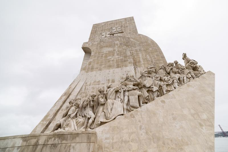 Monumento a los descubrimientos lisboa imagenes de archivo