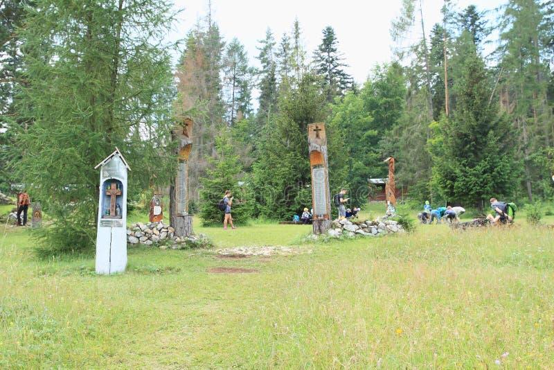 Monumento a los salvadores del helicóptero estrellado en el paraíso eslovaco, área del torisko del ¡del ¡Å de Klà imagen de archivo