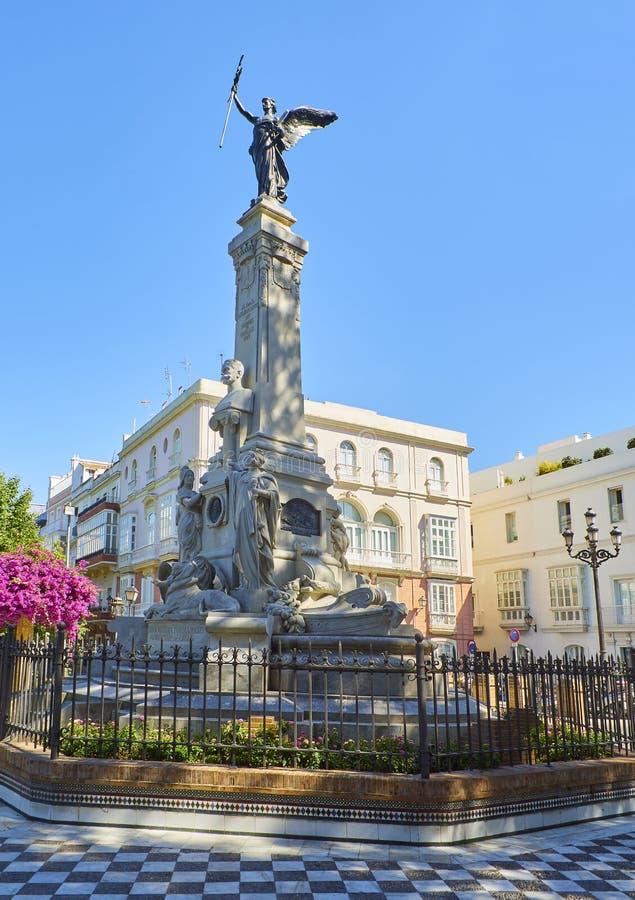 Monumento a Marques de Comillas Marquis Jardines de Alameda Apodaca C?diz, Andaluc?a, Espa?a foto de archivo