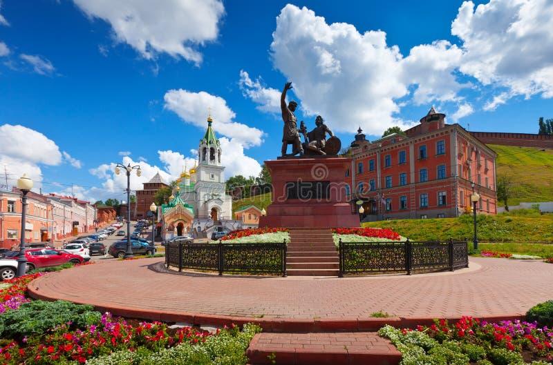 Monumento a Minin e a Pozharsky em Nizhny Novgorod fotografia de stock