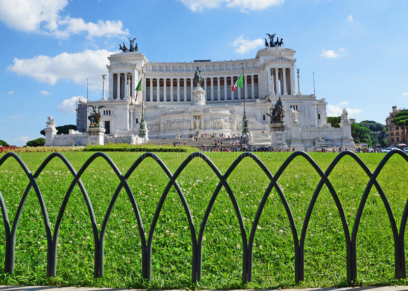 Monumento nacional al vencedor Manuel II, Roma foto de archivo