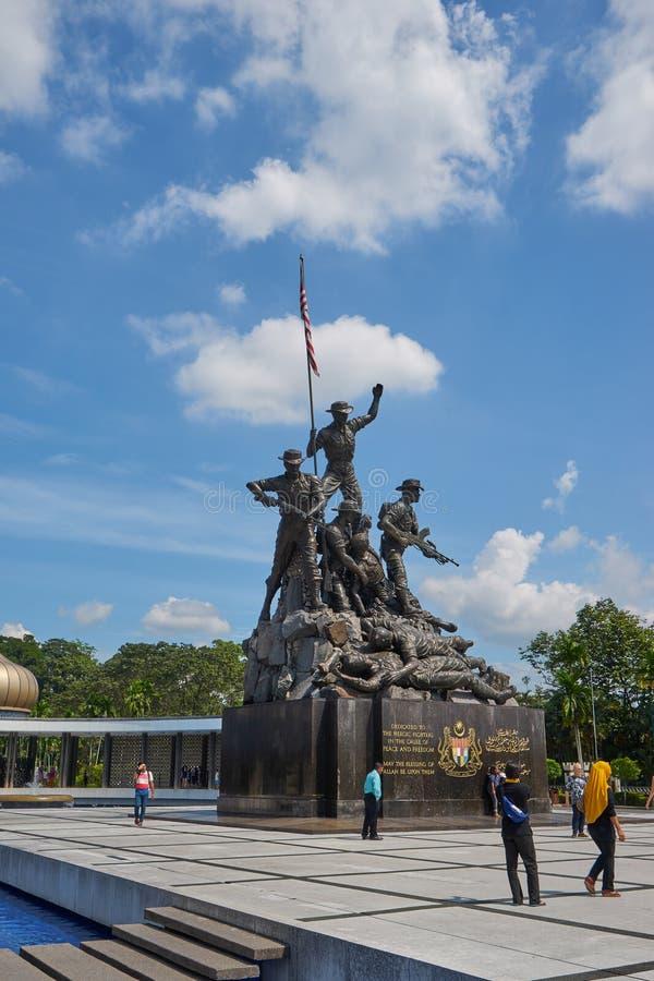 Monumento nacional de Malásia em Kuala Lumpur foto de stock royalty free
