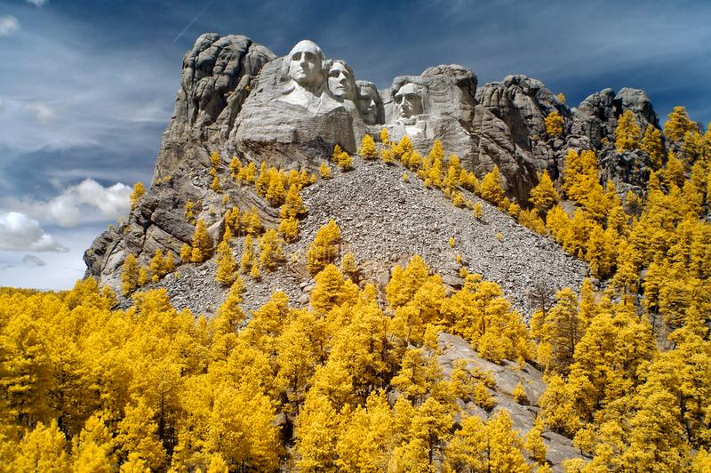 Monumento nacional del monte Rushmore, infrarrojo Dakota del Sur fotografía de archivo