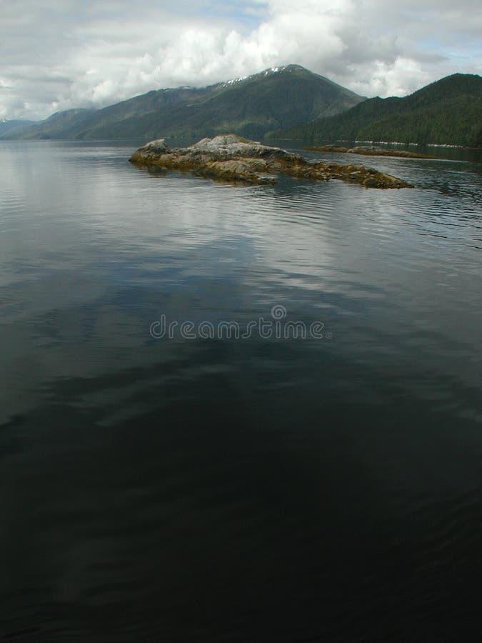 Monumento nacional dos Fjords enevoados, Alaska, EUA imagens de stock royalty free