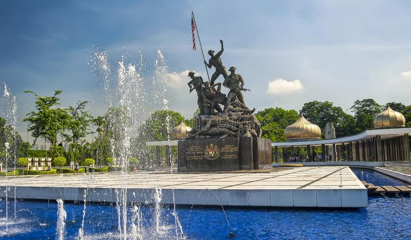 MONUMENTO NACIONAL - KUALA LUMPUR imagen de archivo