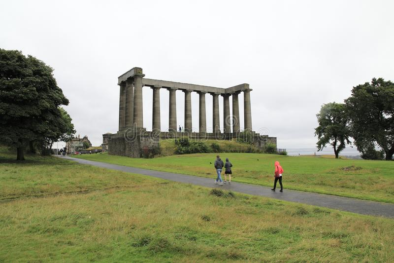 Monumento nacional no monte de Calton, montanha em Edimburgo no leste de Escócia imagem de stock