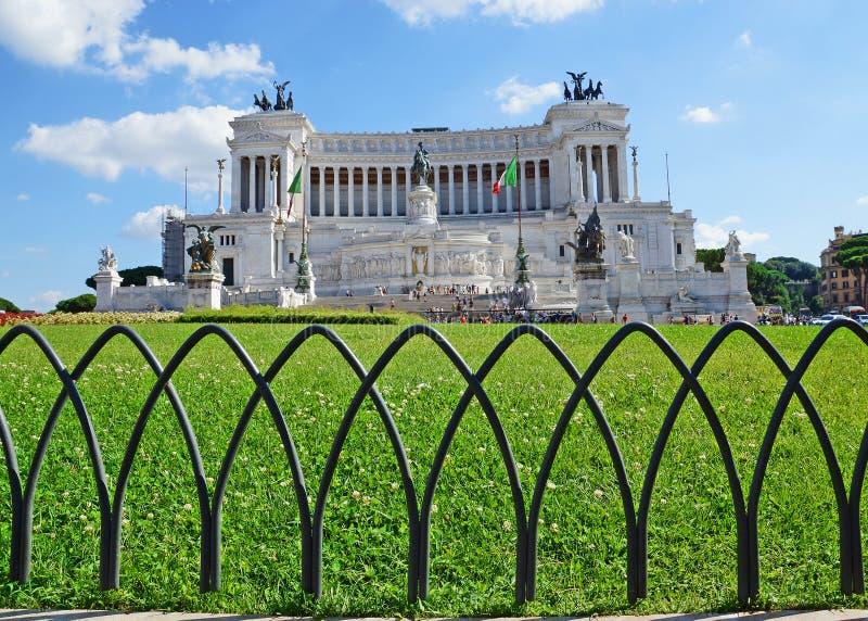 Monumento nazionale al vincitore Emmanuel II, Roma fotografia stock