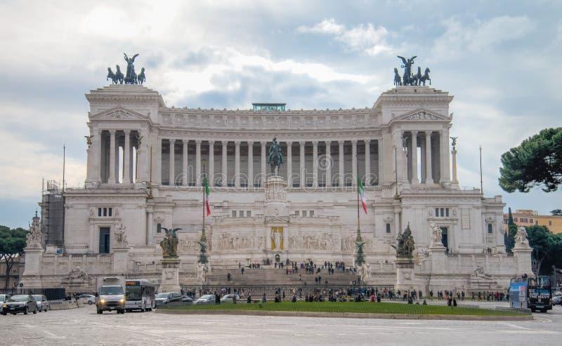 Monumento nazionale di Vittorio Emanuele II sulla piazza Venezia a Roma, Italia immagini stock libere da diritti