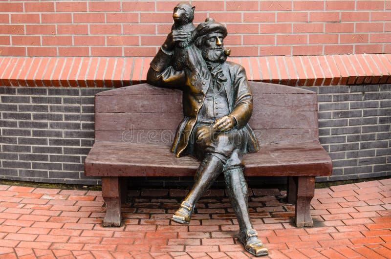 Monumento nel centro di Kaliningrad fotografie stock