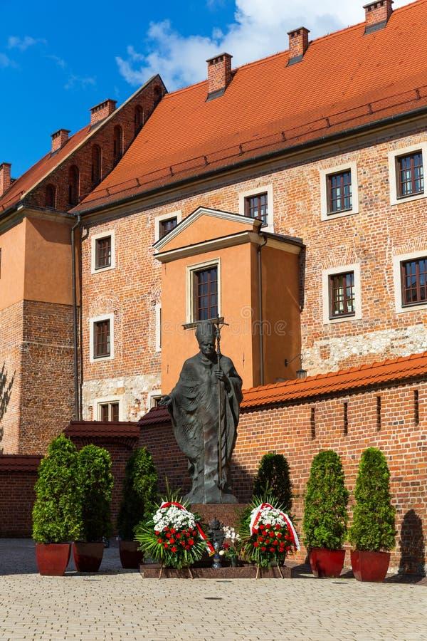 Monumento no castelo da catedral de Wawel, Krakow, Polônia imagens de stock