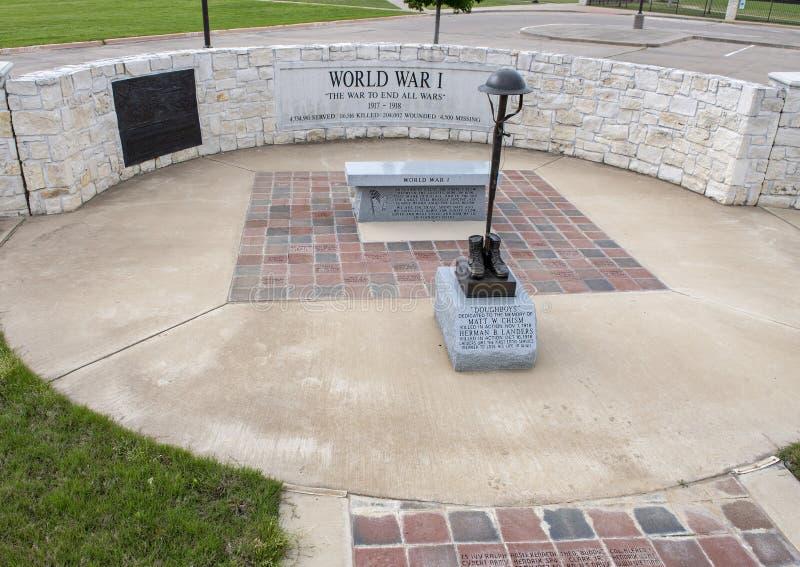 Monumento per i soldati che sono morto nella prima guerra mondiale in Memorial Park del veterano, Ennis, il Texas fotografie stock libere da diritti