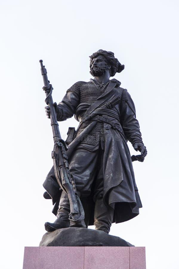 Monumento pioneiro em Irkutsk, Federação Russa imagens de stock