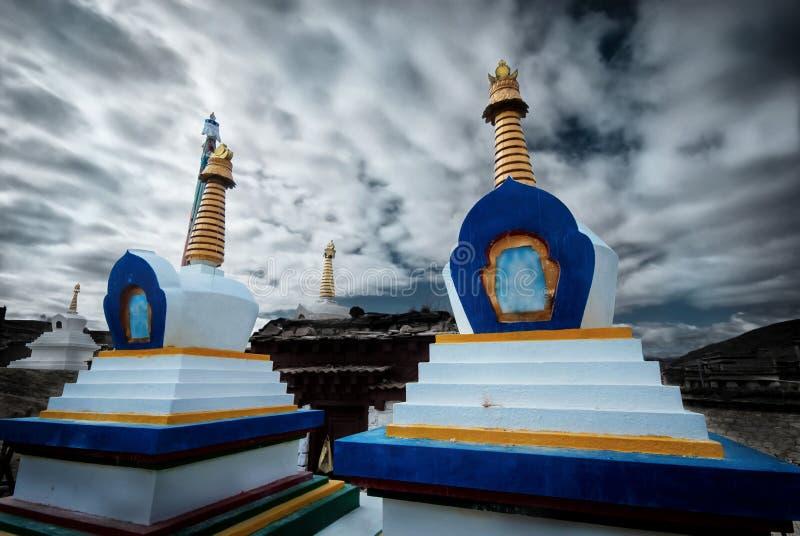 Monumento religioso de Chorten Stupa do budismo tibetano, fotografia de stock