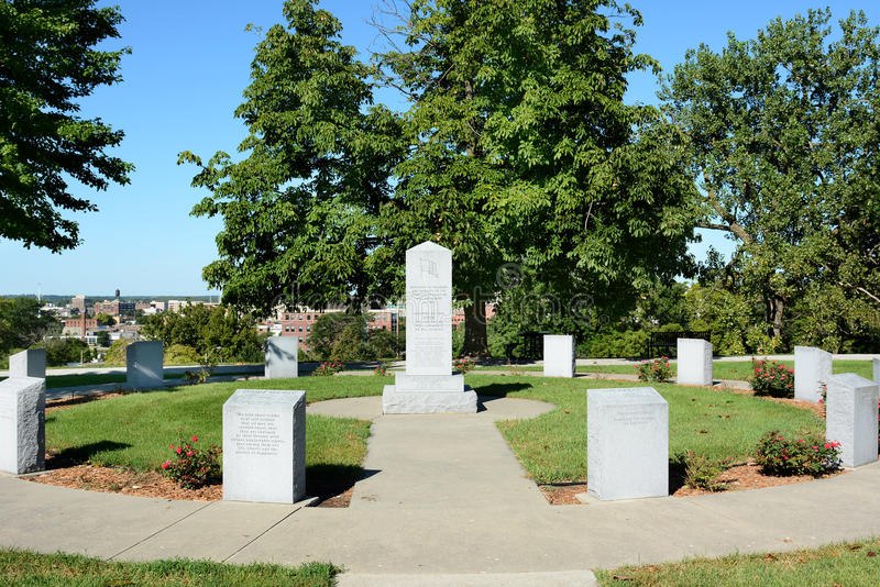 Monumento revolucionario de la guerra de Iowa imagenes de archivo