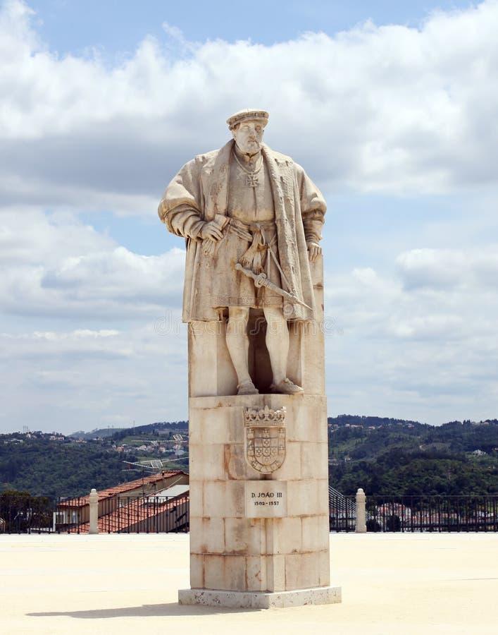 Monumento a rey Dinis de Portugal fotografía de archivo