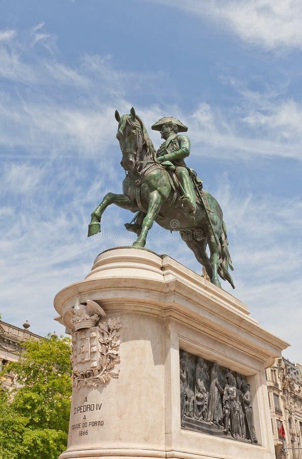 Monumento a rey Dom Pedro IV en Oporto, Portugal imagen de archivo libre de regalías