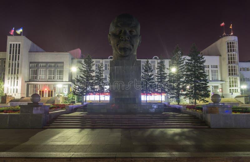 Monumento a Ulyanov Lenin en Rusia la ciudad de Ulán Udé imagen de archivo