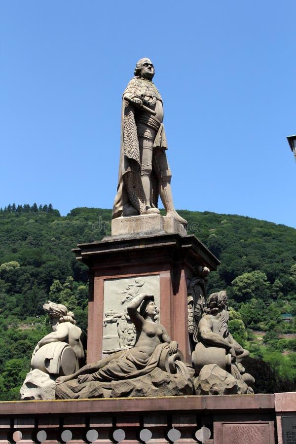 Monumento velho da ponte em Heidelberg, Alemanha foto de stock