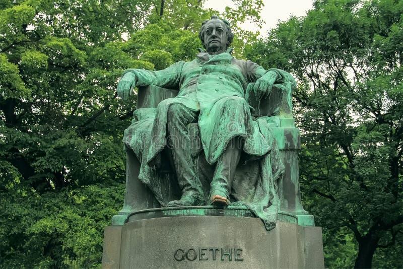 Monumento viejo hermoso del Goethe foto de archivo