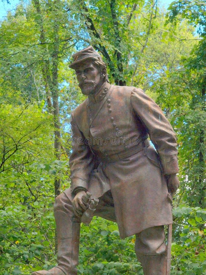 Monumento y estatua de la GEN Patrick Cleburne foto de archivo