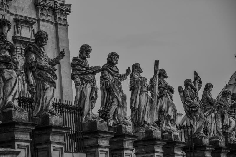 Monumentskulptur royaltyfri bild