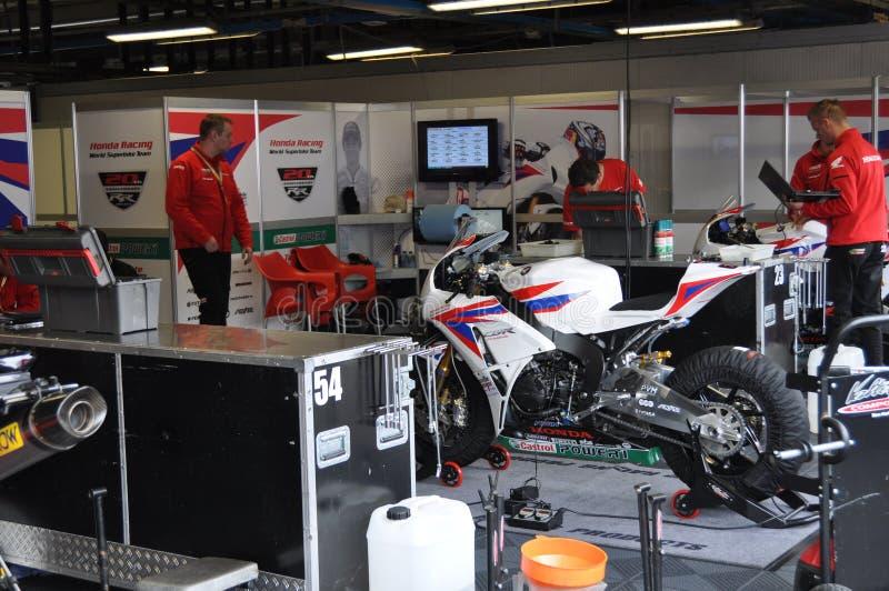 Monza 2012 - Honda tävlings- världsSuperbike lag royaltyfria foton