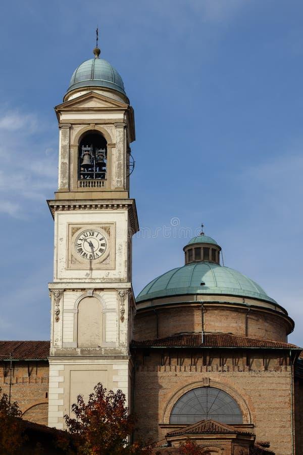 MONZA, ITALY/EUROPE - 28 OTTOBRE: Facciata della chiesa del GE della st fotografia stock