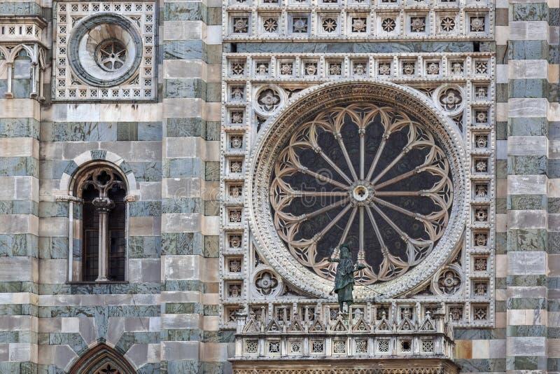 MONZA, ITALY/EUROPE - 28 OTTOBRE: Grande finestra rotonda del gatto fotografia stock libera da diritti