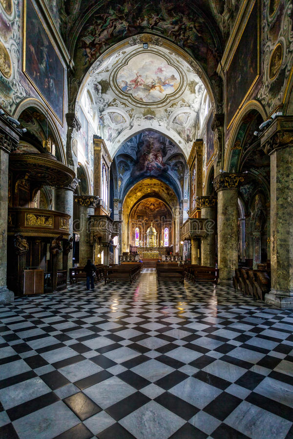 MONZA, ITALY/EUROPE - PAŹDZIERNIK 28: Wewnętrzny widok Cathedra fotografia royalty free