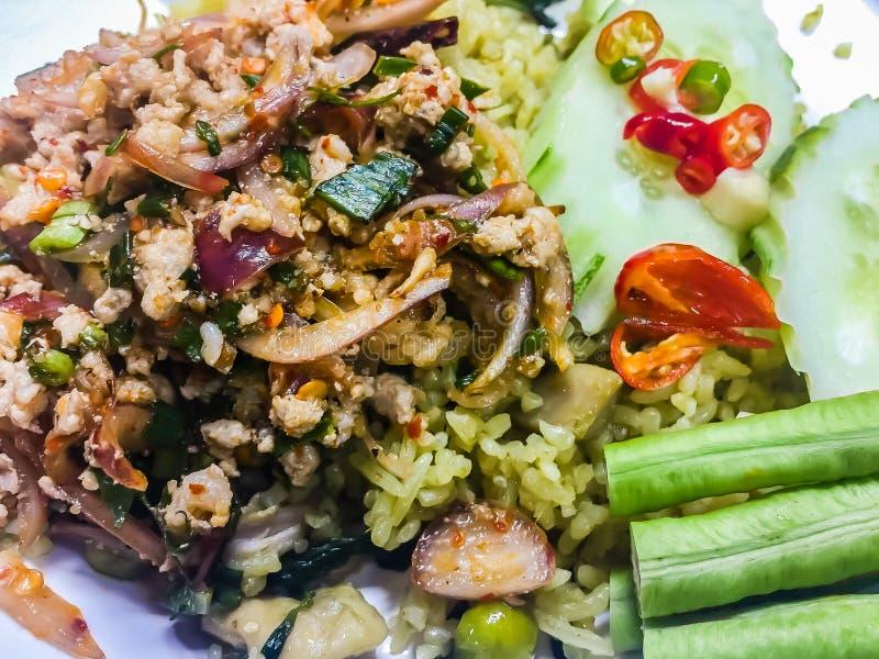 Moo Larp или тайский пряный семенить салат свинины, одно из популярных меню еды улицы Несоосность ` t Дон когда вы посетите Таила стоковое фото rf