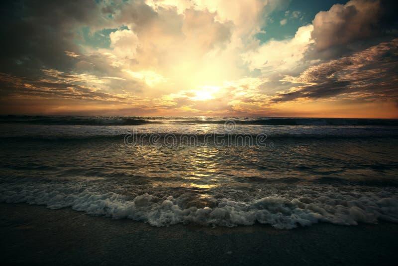 Mooi bergmeer royalty-vrije stock foto's