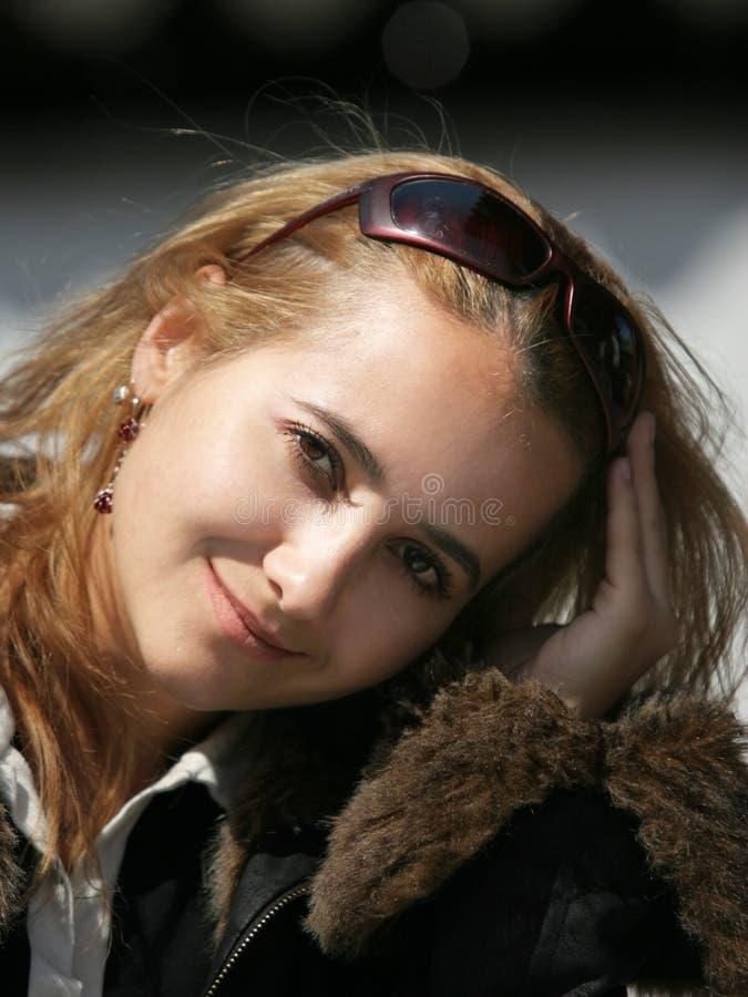 Mooi blond meisje stock afbeeldingen