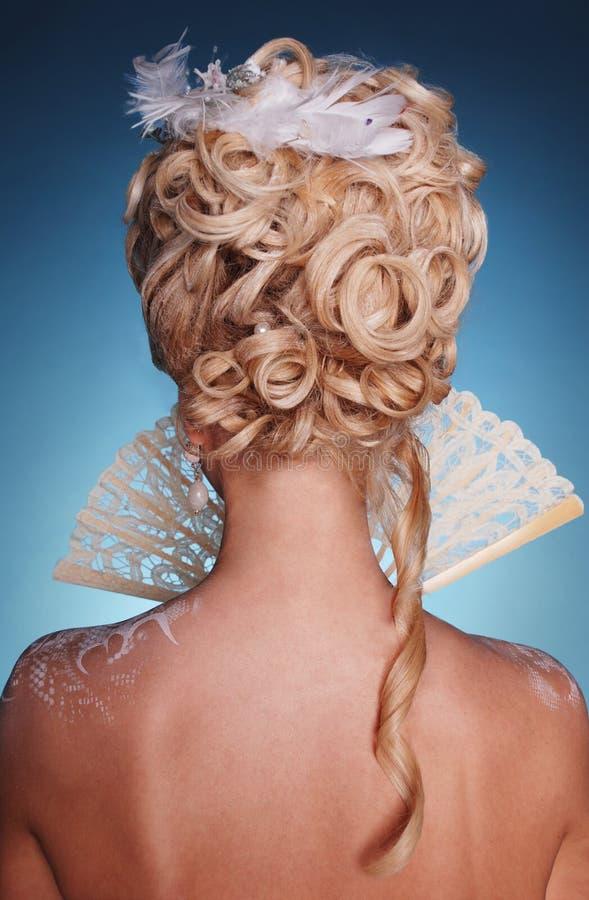 Mooi blonde meisje in romantische stijl stock afbeelding