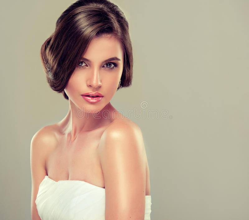 Mooi bruid modelbrunette stock foto's