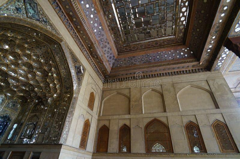 Mooi detail in het Paleis van Chehel Sotoun in Isphahan, Iran stock foto's