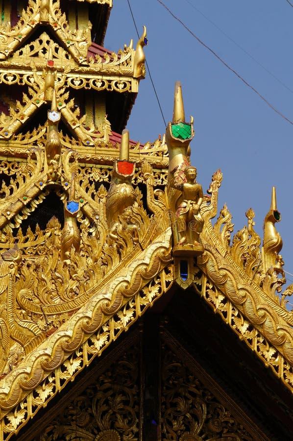 Mooi detail van Wat Phra Kaew Don Tao, Lampang, Thailand stock afbeeldingen