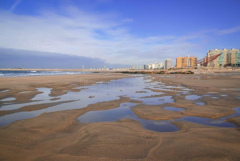Mooi en uniek zeegezicht bij Porto strand, Portugal royalty-vrije stock afbeelding