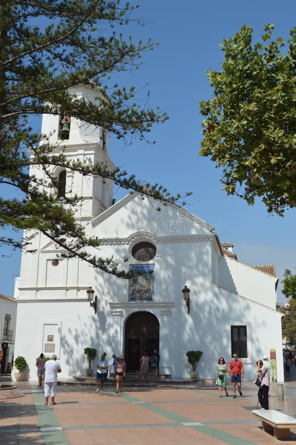 Mooi Front Facade Of The Parish van Gr Salvador De Nerja stock foto's