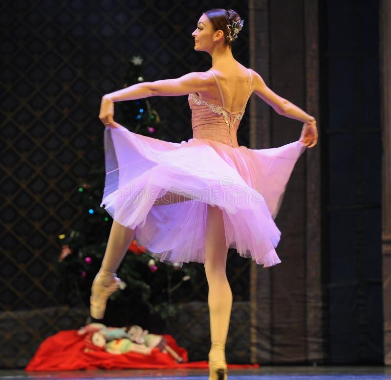 Mooi garen de rok-Balletnotekraker stock afbeelding