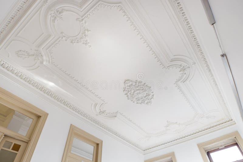 Mooi Gesierd Plafond stock foto's