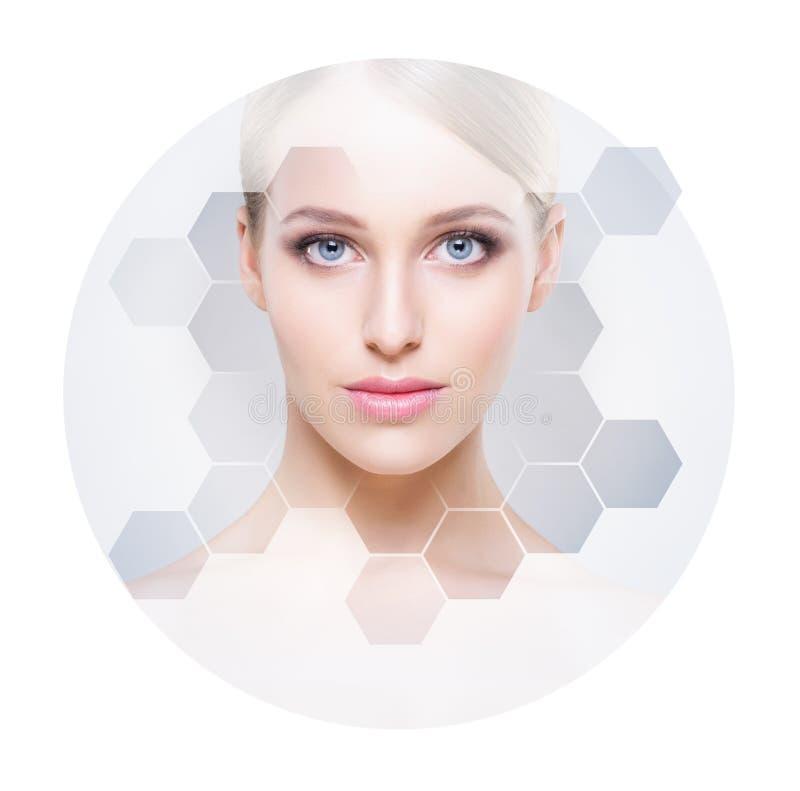 Mooi gezicht van jong en gezond meisje Plastische chirurgie, huidzorg, schoonheidsmiddelen en gezicht het opheffen concept royalty-vrije stock foto's