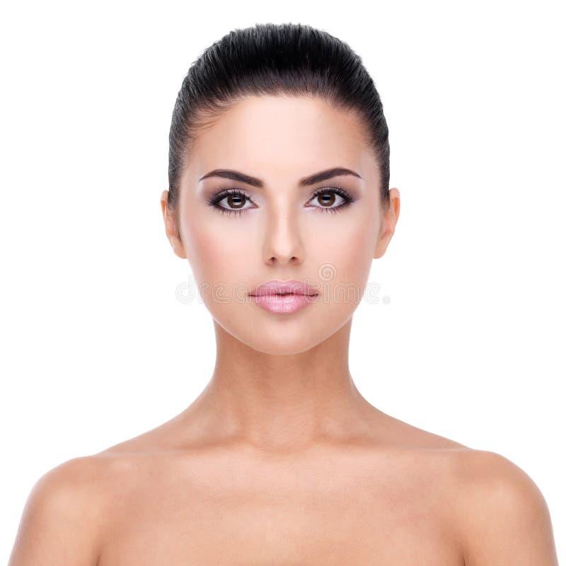 Mooi gezicht van jonge vrouw met schone huid. royalty-vrije stock afbeelding