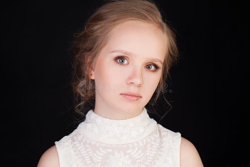 Mooi Gezicht van Jonge Vrouw met Schone Verse Huid royalty-vrije stock foto's