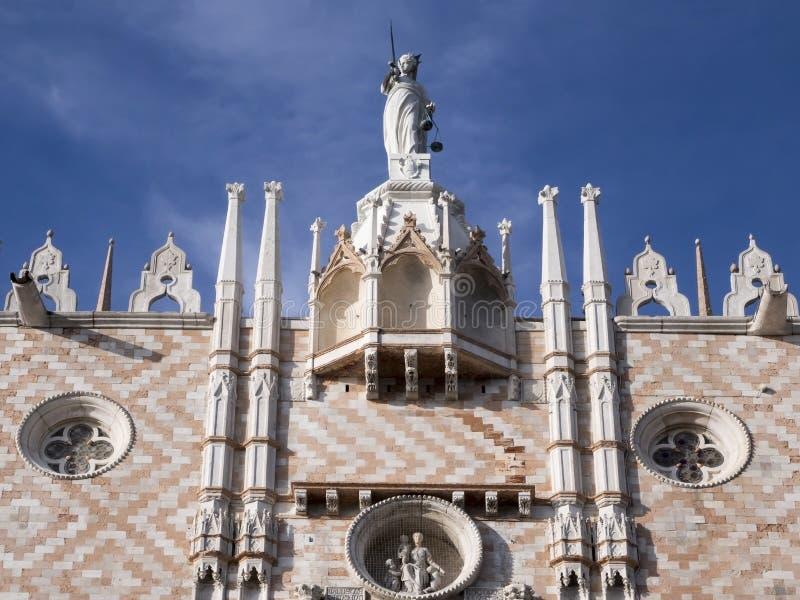 Mooi het Detailperspectief van het dogespaleis Venetië, Italië royalty-vrije stock foto's