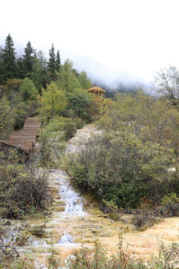 Mooi Huanglong-Natuurreservaat in Sichuan van China stock foto's